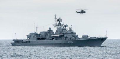 Nederlands fregat houdt oefening met Oekraïense marine