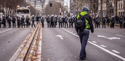 Kunnen Gele Hesjes en Identitaire Beweging krachten bundelen tegen systeem?
