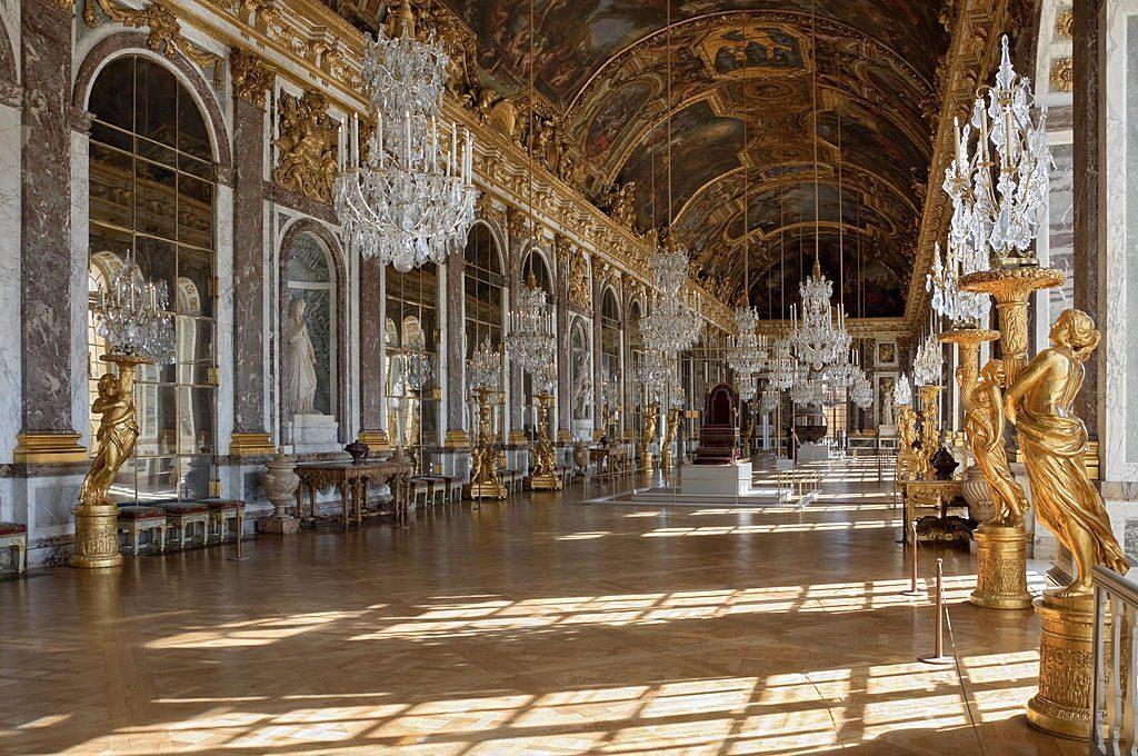 De spiegelzaal van Kasteel van Versailles