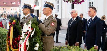 Steinmeier en Duda bij een herdenkingsbijeenkomst.